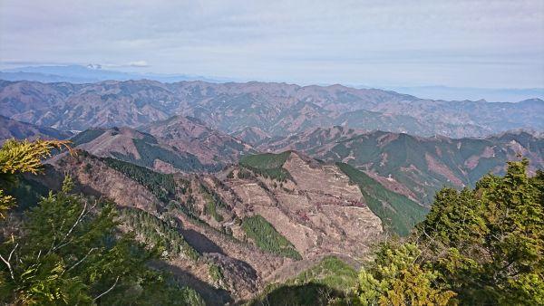 両神山登山レポ 鎖場天国の八丁尾根コース